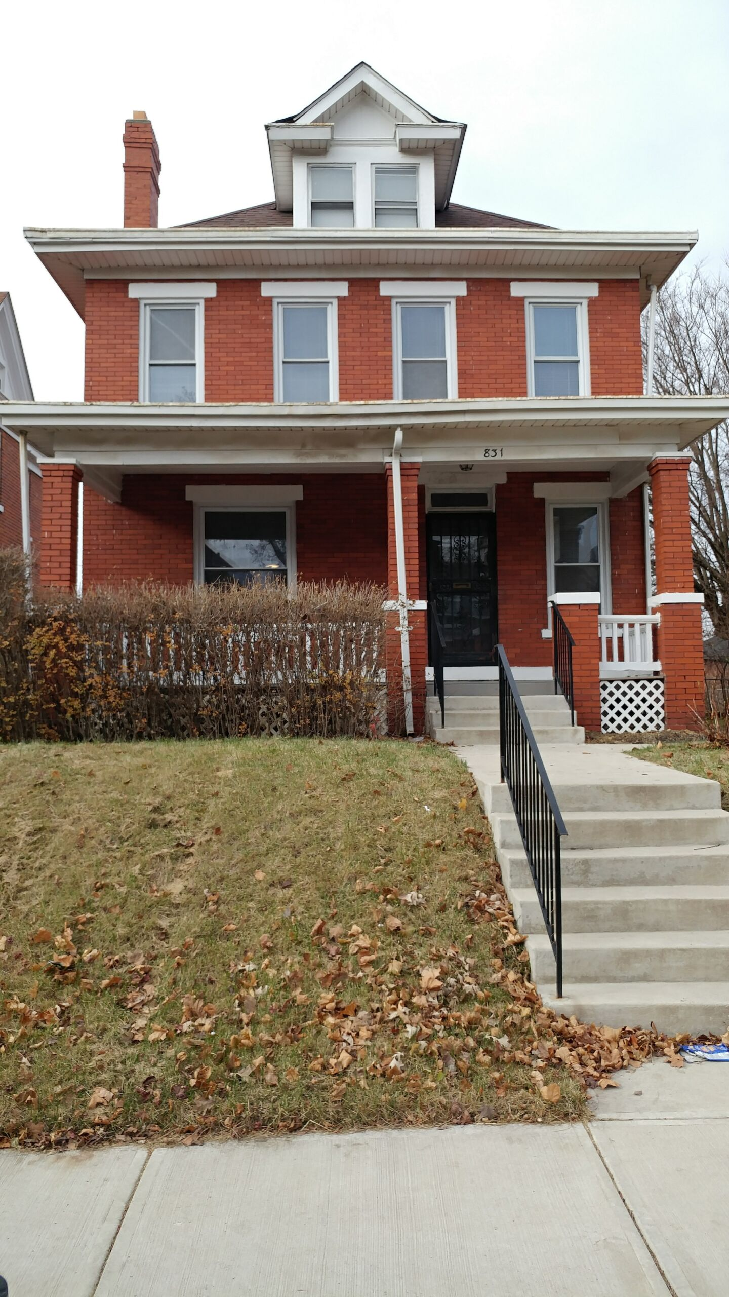 Gorgeous brick home close to Nationwide Children's