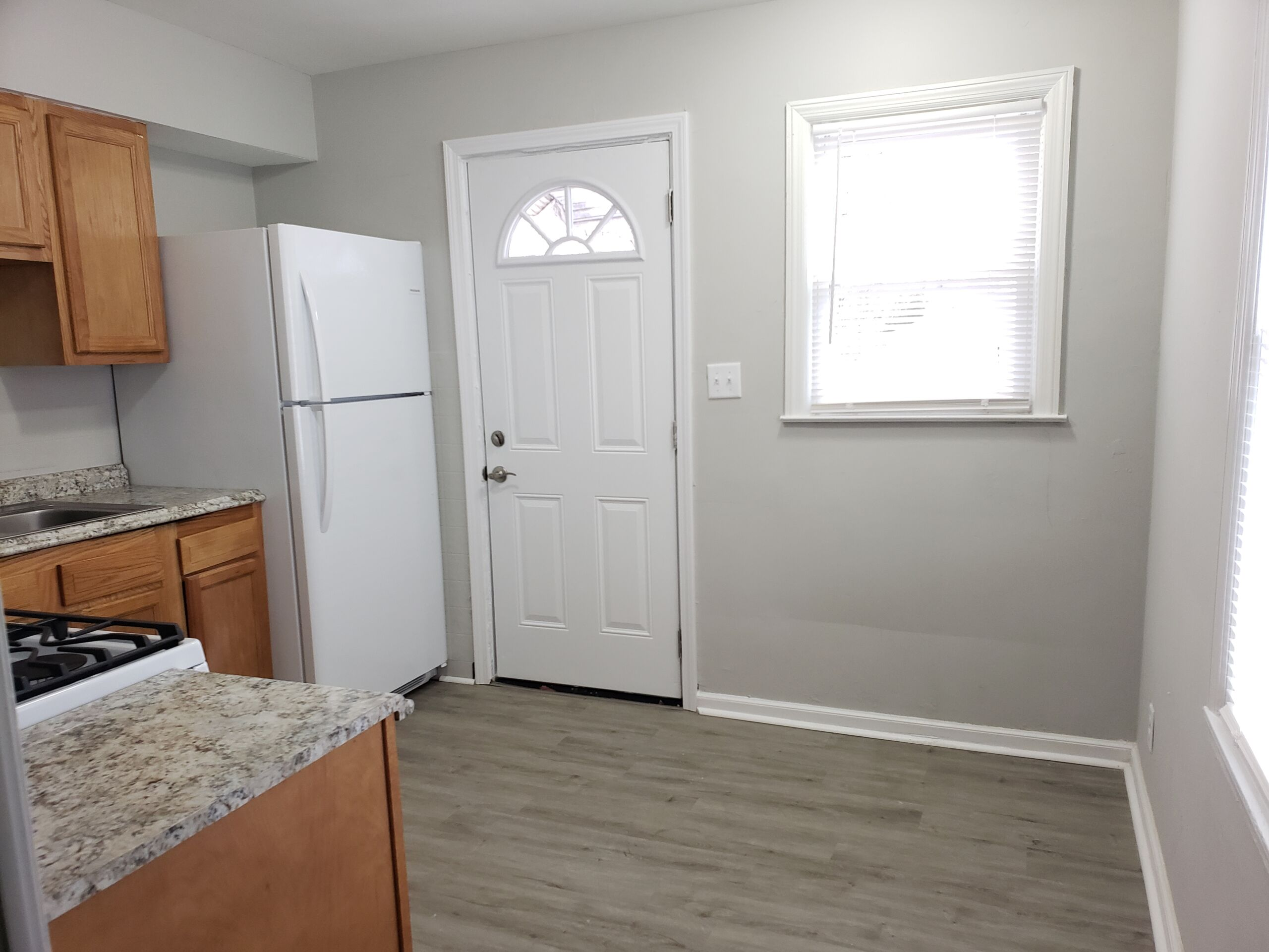 2 BR Ranch with easy access to Downtown & Highways