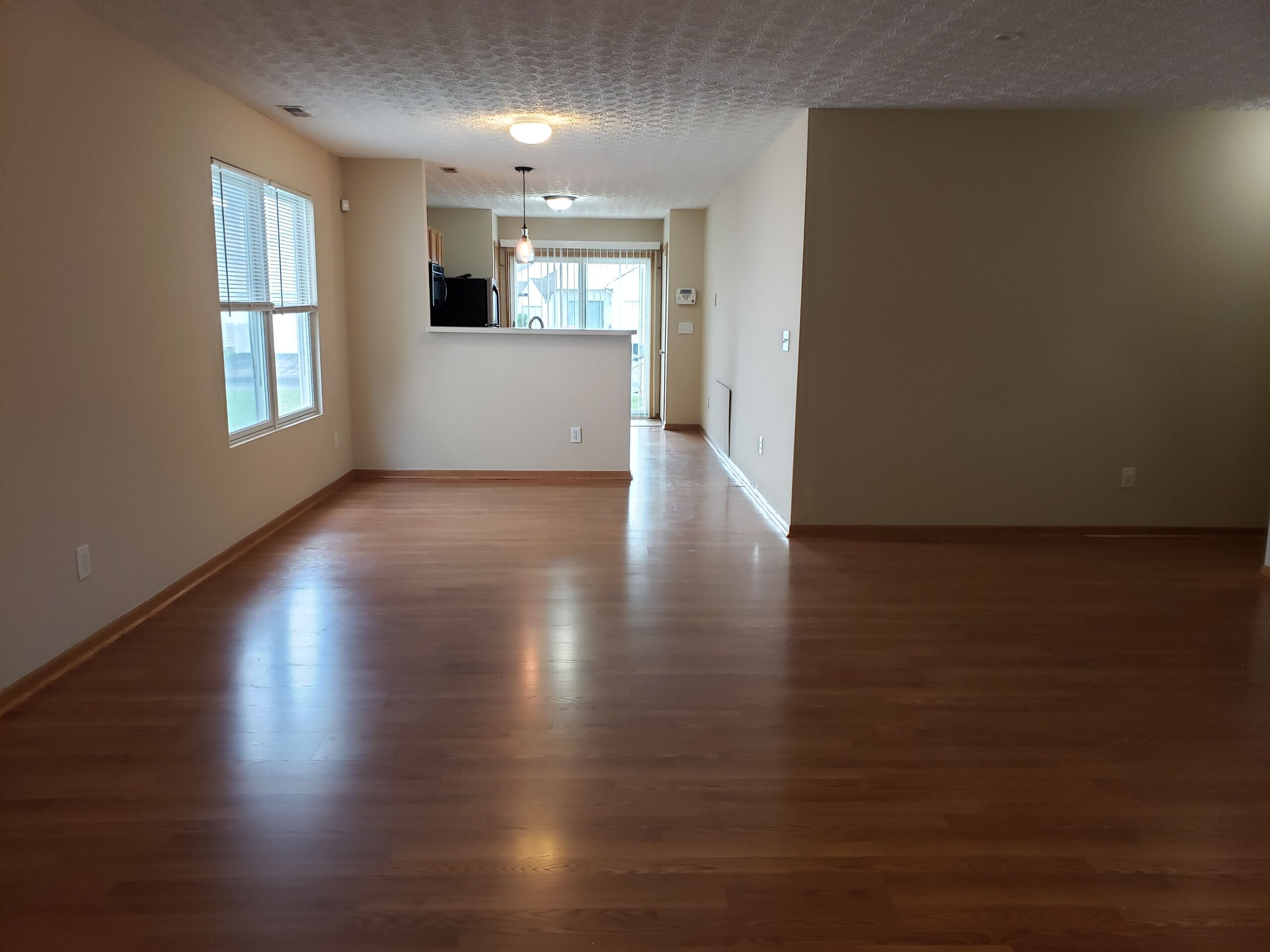 Spacious, Free-Standing Condo in Canal Winchester