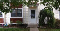 Worthington 2 bedroom/ 1.5 bath Condo