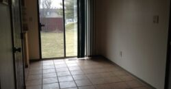 Worthington 3 bedroom, 1.5 bath end unit condo w/ 1 car garage & full basment