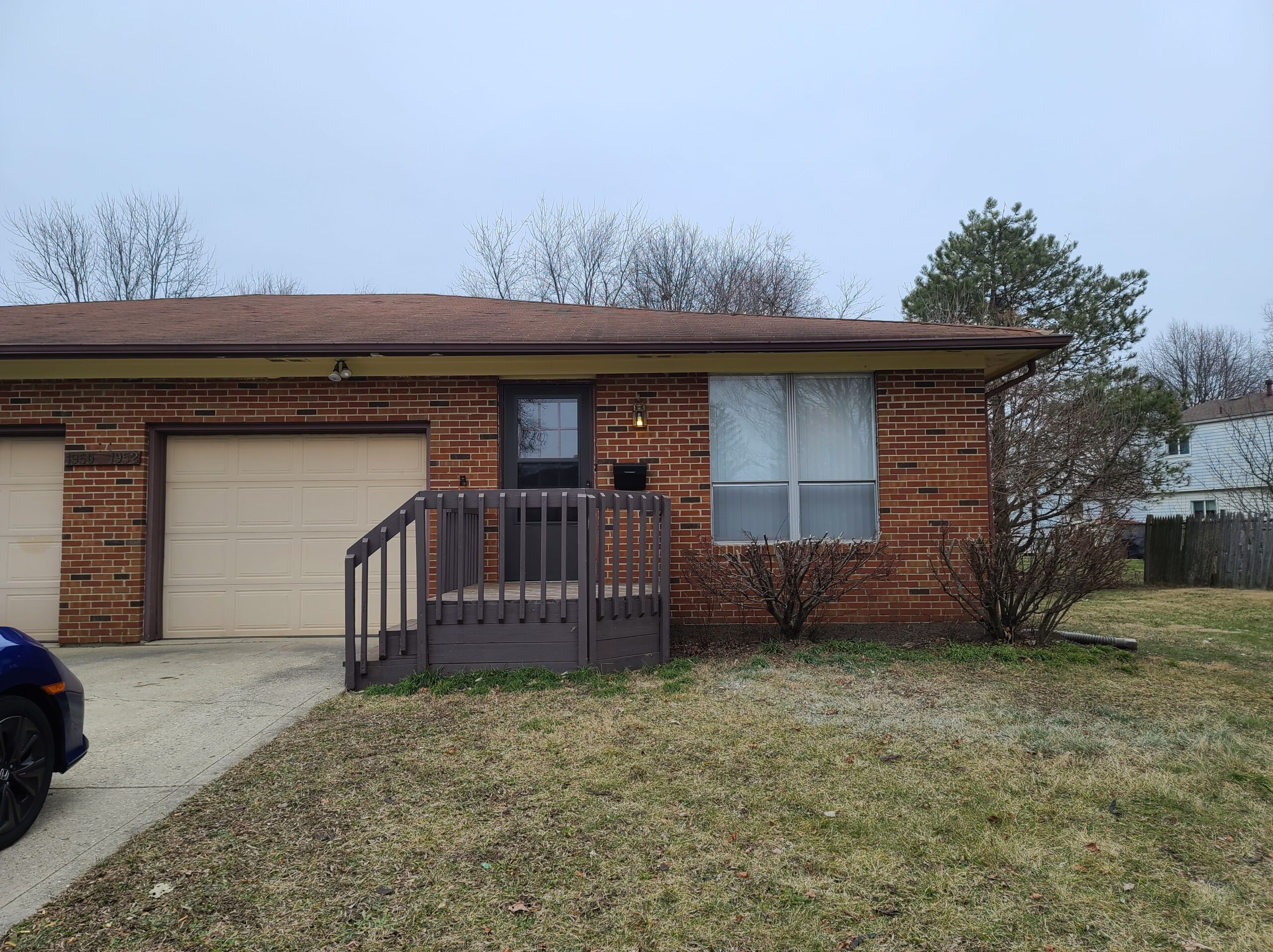 1952 Hampstead Dr., Columbus OH 43229